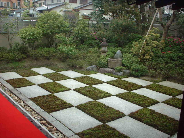 大統院の庭.JPG